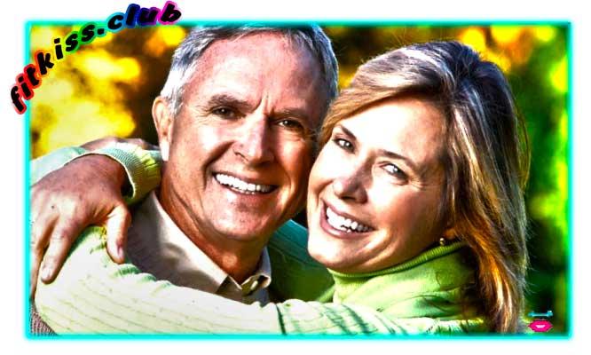 Счастливые старики вместе